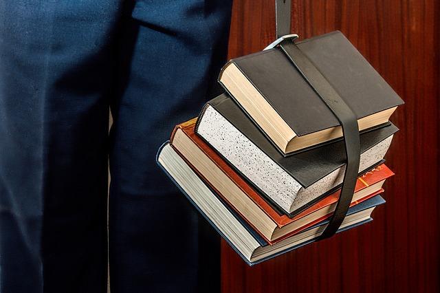 66c79c388c67 Em novembro de 2015 publicamos um post onde falamos a respeito da  literatura específica em Segurança da Informação estar disponível  basicamente na Língua ...